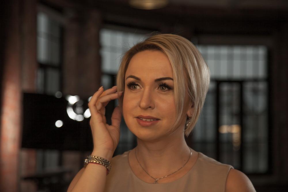 Интервью Генерального директора Консалтинговой Студии NCS Нары Миансарян с руководителем студии маникюра Еленой Петрушиной
